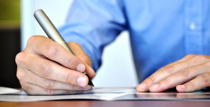 Illustrasjonsbilde Kontrakt forbruker